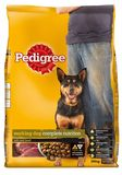 PEDIGREE WORKING DOG WITH REAL BEEF
